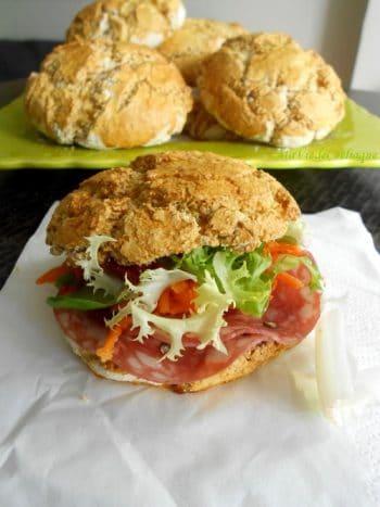 Petits pains sans gluten pour sandwich et hamburger